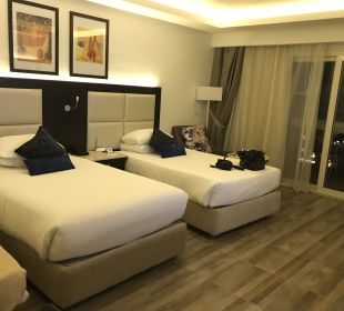 Zimmer White Beach Resort