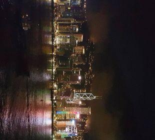 Blick aus dem 2. Zimmer bei Nacht Hotel InterContinental Hong Kong
