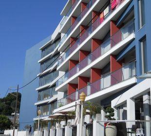 Voorzijde hotel Semiramis  Smartline Semiramis City Hotel