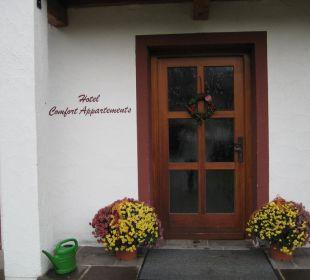 Eingang Appartments Kurhotel Falter