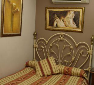 A very convenient bed Hotel Rodri