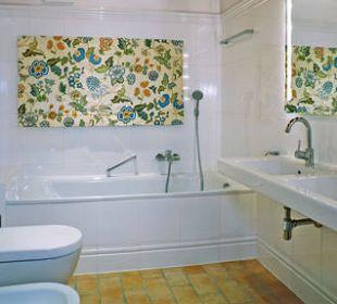 Hochwertiges Badezimmer m  Wanne, Appt. 6 Landhaus Schloss Anras
