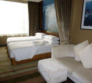 Doppelzimmer 26. Etage Hotel Harbour Grand Hong Kong