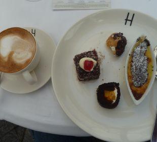 Dessert Hotel Winchester Mansions
