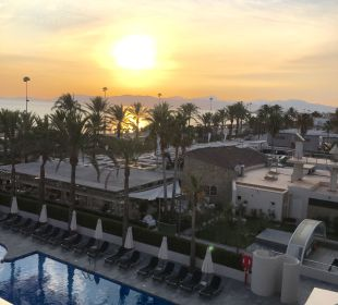 Ausblick Zimmer 2. Stock Hotel Playa Golf