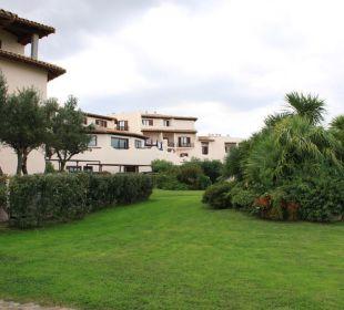 Garten CalaCuncheddi Resort & Marina