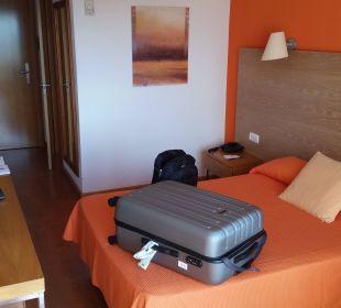Zimmer vom Balkon aus gesehen Hotel JS Alcudi Mar