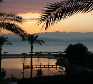 Sonnenaufgang über das Rote Meer