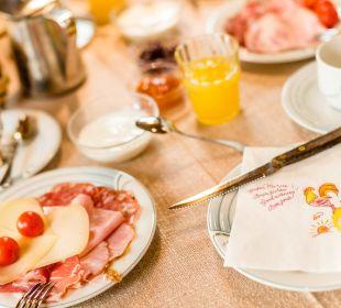 Umfangreiches Frühstücksbuffet Naturpark Hotel Stefaner