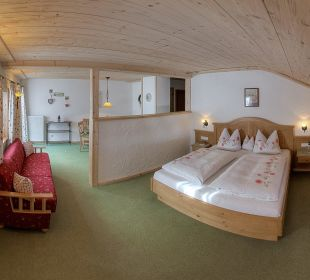 Familien-Komfortzimmer Bauernhof Holznerhof