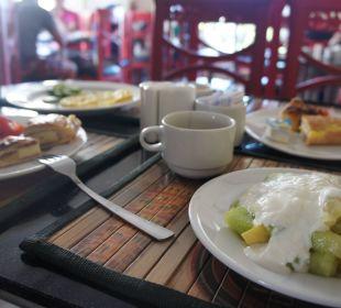 Breakfast King Tut Aqua Park Beach Resort
