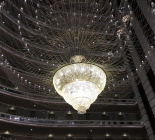 Kronleuchter Lobby Hotel Delphin Imperial