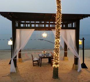 Bei Abend Dämmerung Sea Sand Sun Resort