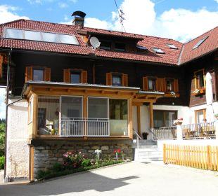 Wintergarten & Ferienwohnungen Sportbauernhof Hochalmblick