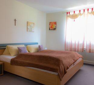 Schlafzimmer Junior Suite Pension Alpenblick