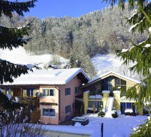 Alpenglühn Aussen - Rückansicht Winter Apartments Ferienparadies Alpenglühn