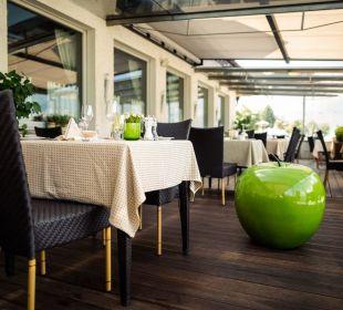 Restaurantterrasse Hotel La Maiena Meran Resort