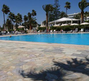 Pool Hotel Nissi Beach Resort