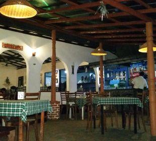 Restaurant am Abend Hotel Susantha Garden