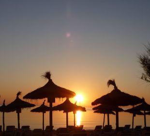 Sonnenaufgang am Hotel Strand JS Hotel Horitzó