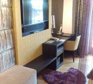 Schreibtisch und Flat  Hotel Winzer Wellness & Kuscheln