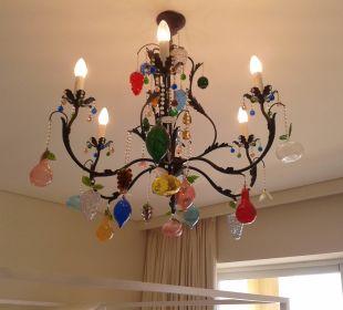 """Deckenleuchte der besonderen """"Art"""" ... Kunstwerk Hotel Grecotel Eva Palace"""