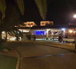 Zugang zum Restaurant und Bar Hotel Ola Club Cecilia