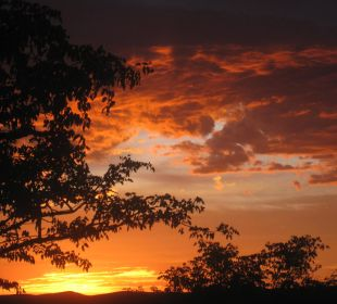 Sonnenuntergang Etosha Safari Camp