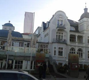 Hotel Frontseite Vier Jahreszeiten Kühlungsborn -  Hotel