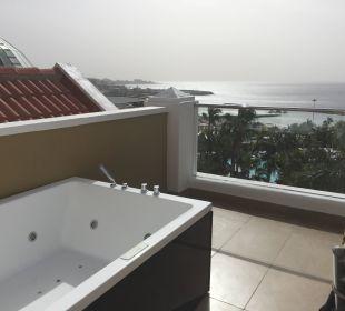 Whirlpool Suite auf der Terrasse Adrián Hoteles Jardines de Nivaria