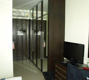 Vorzimmerschränke K Hotel