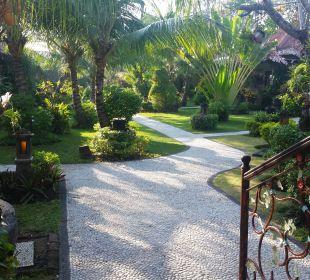 Eingang zum Paradies COOEE Bali Reef Resort