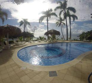 Poolanlage der Bucht Grand Bahia Principe Cayacoa