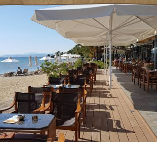 Bar mit Blick auf den Strand Anthemus Sea Beach Hotel & Spa