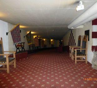 Weite Gänge Family Hotel Schloss Rosenegg