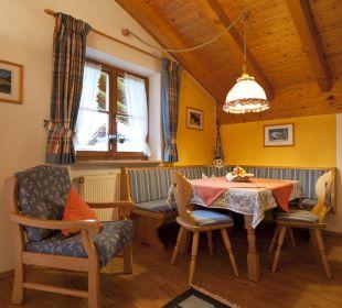 Ferienwohnung Karwendel Tisch Ferienwohnung Alpenwelt