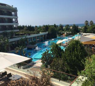 Ausblick aus unserem Zimmer (seitlicher Meerblick) Sensimar Side Resort & Spa
