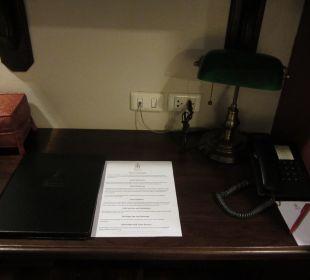 Schreibtisch Hotel Siam Heritage
