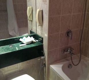 Badezimmer eine echte Zumutung Hotel Holiday International
