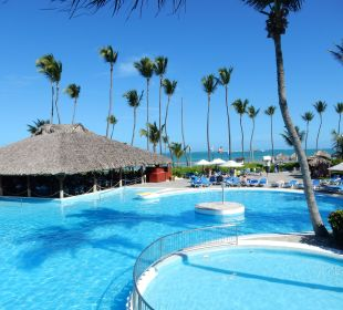 Pool mit  Strandrestaurant Hotel Natura Park Resort & Spa