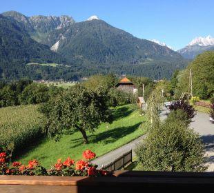 Ausblick zu den Lienzer Dolomiten Gasthof Pension Birkenhof