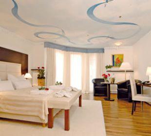 Mörike Zimmer mit Deckenmalerei Hotel Central Vital