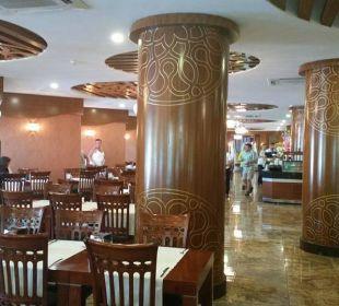 Restaurant Richtung Ausgang Hotel Grand Zaman Beach