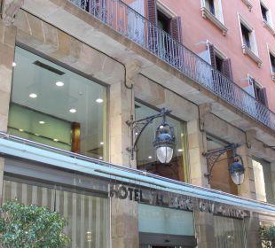 Hoteleingang NH Barcelona Centro