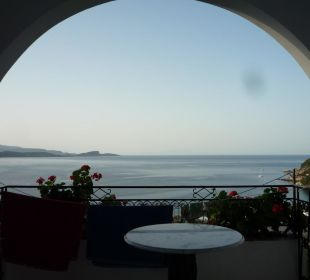 Ausblick von Zimmer 117 (morgens) Hotel Spiros Studios
