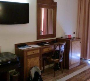 Gediegene Einrichtung ... Hotel Serrano Palace