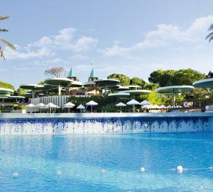 Main Pool Gloria Verde Resort