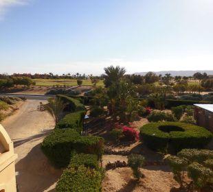 Blick vom Balkon auf den Garten Arena Inn Hotel, El Gouna