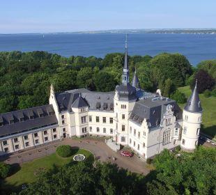 Luftaufnahme Schlosshotel Ralswiek