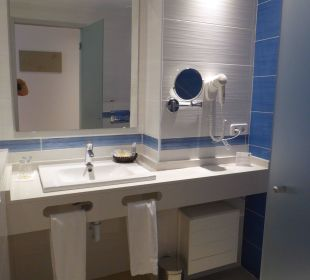 Neu renoviertes Bad Universal Hotel Lido Park